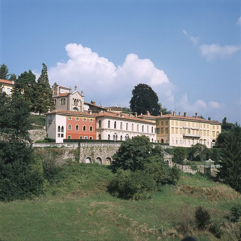 Palazzo roncalli citt alta for Disegni di casa piano aperto